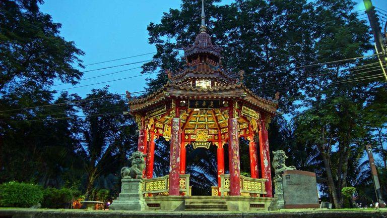 Chinese Pavillon Lumphini Park, Bangkok,Thailand