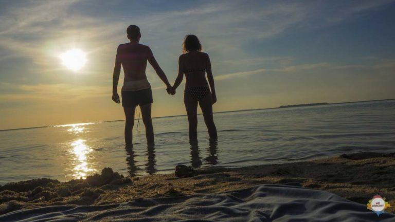 hand in hand in Karimunjawa