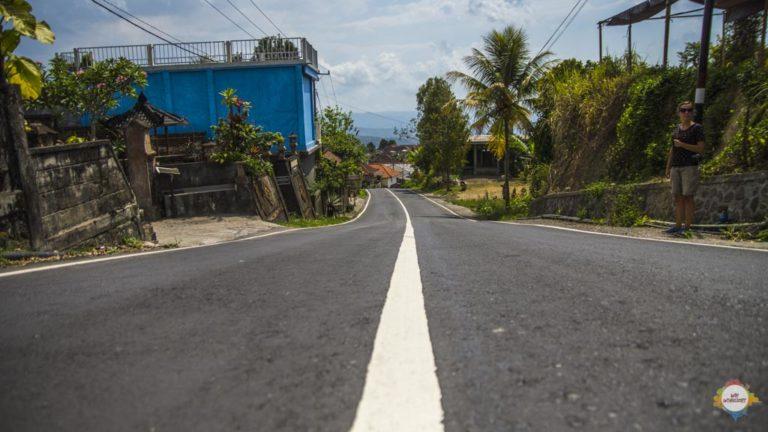 Road into Munduk