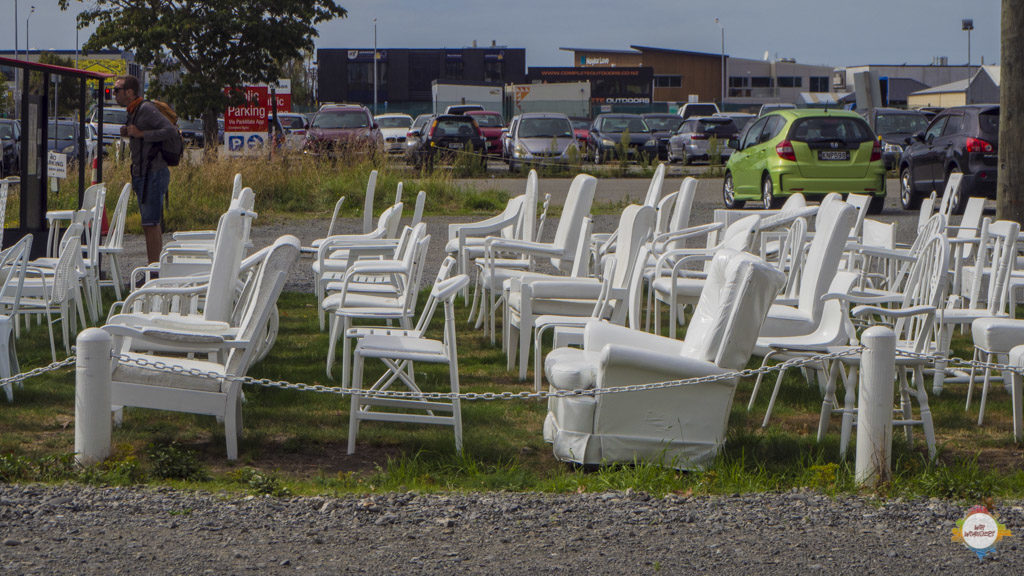 christchurch_white_chairs