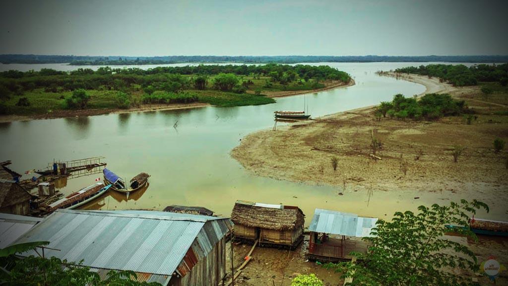 Iquitos Titel